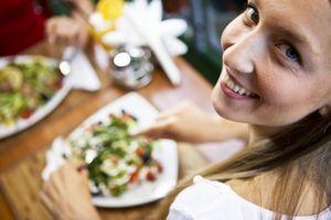 10 Ошибок диеты, мешающих вам похудеть