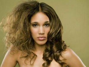 10 Продуктов, которые вредят волосам