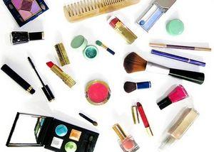 Что должно быть в женской косметичке? перечисляем самое необходимое!