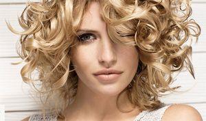 Как делать химическую завивку на средние и длинные волосы дома