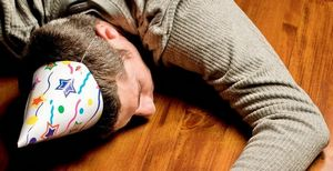 Как избавиться от похмелья в домашних условиях с помощью подручных и народных средств, видео