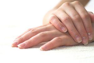 Как избавиться от шелушения ладоней