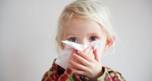 Как облегчить кашель у ребенка?