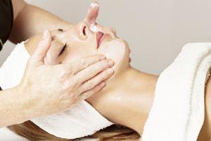 Какие косметические процедуры рекомендуется делать летом