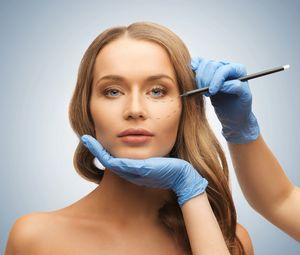 Пластическая хирургия: имплантация золотых нитей