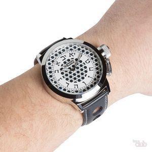 Правила ношения часов согласно этикету