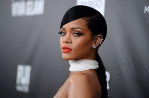 Ученые рассказали, сколько времени женщины тратят на уход за волосами