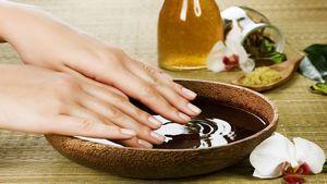 Уход за кожей рук — лучшие рецепты домашних ванночек